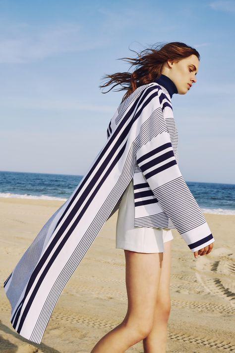 stripe-cape